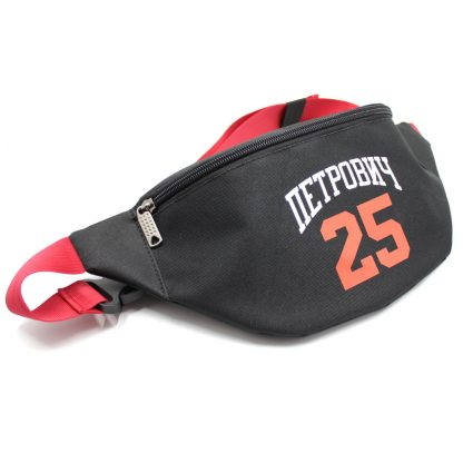 сумка поясная черная с логотипом и красной стропой сбоку