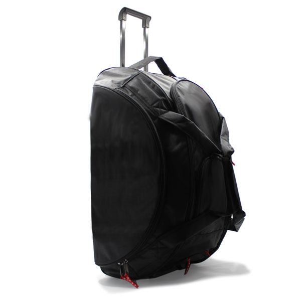 сумка колёсная спортивная для спортсменов чёрная стоит